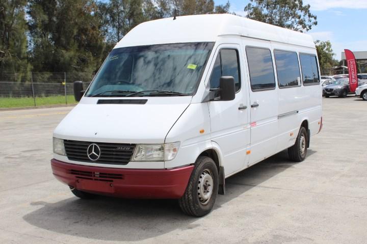 1 Mercedes Benz Sprinter Automatic Bus