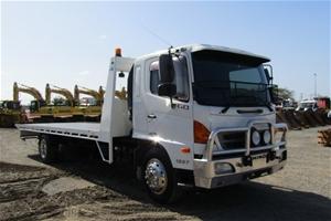 08/2008 Hino GD 500 Series 1227 Tilt Tra