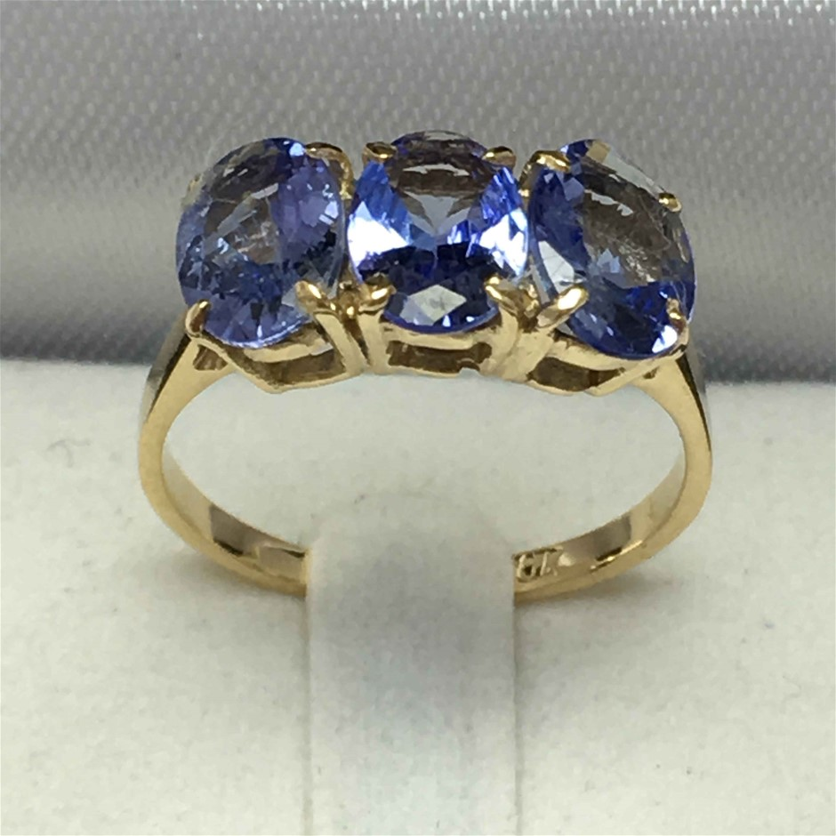 18ct Yellow Gold, 2.80ct Tanzanite Ring