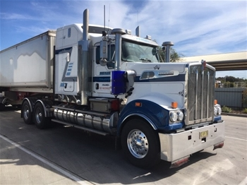2013 Kenworth T909 6x4 Prime Mover