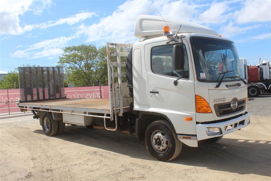 06/2006 Hino FD500 T/Diesel 6spd Tailgate Loader Trayback Truck