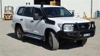 02/2011 Toyota Land Cruiser GX - 4WD