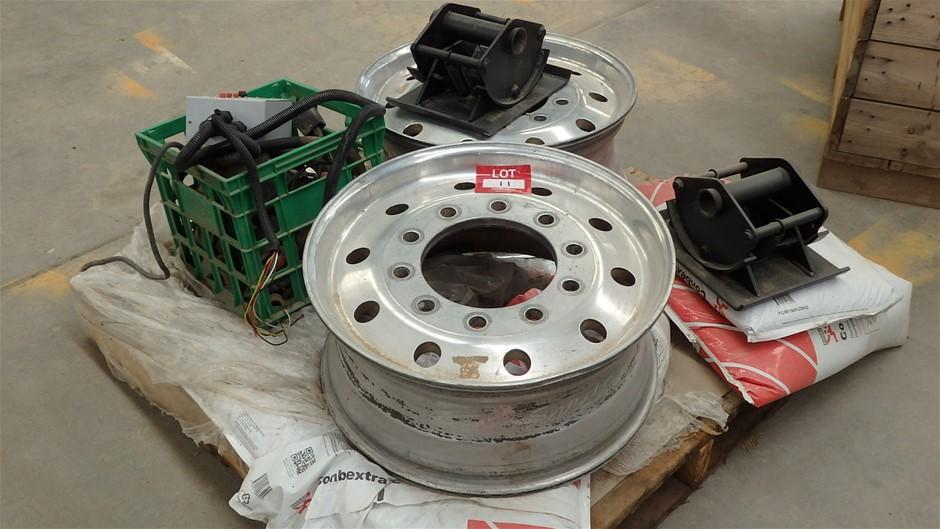 Pallet Comprising Truck Parts