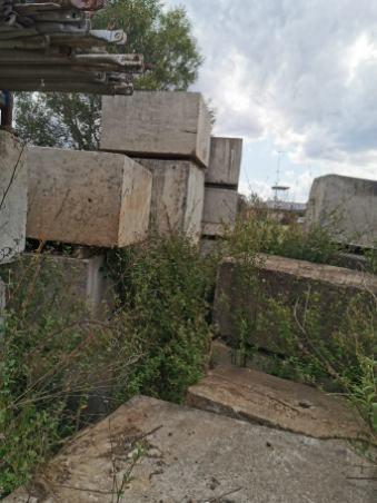 Concrete Blocks 7 x approx. 900mm x 1200mm