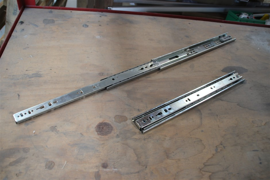 10 x Unused Pair Heavy Duty Ball Drawer Slider Approx: 400mm Co