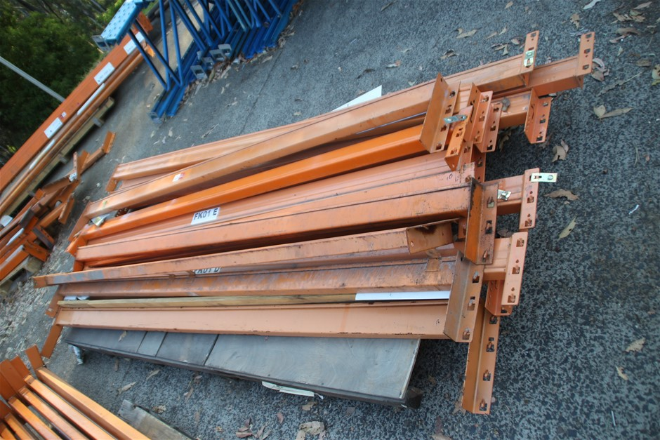 14 x Assorted Dexion Pallet Racking Load Beams Approx: 14 x 258