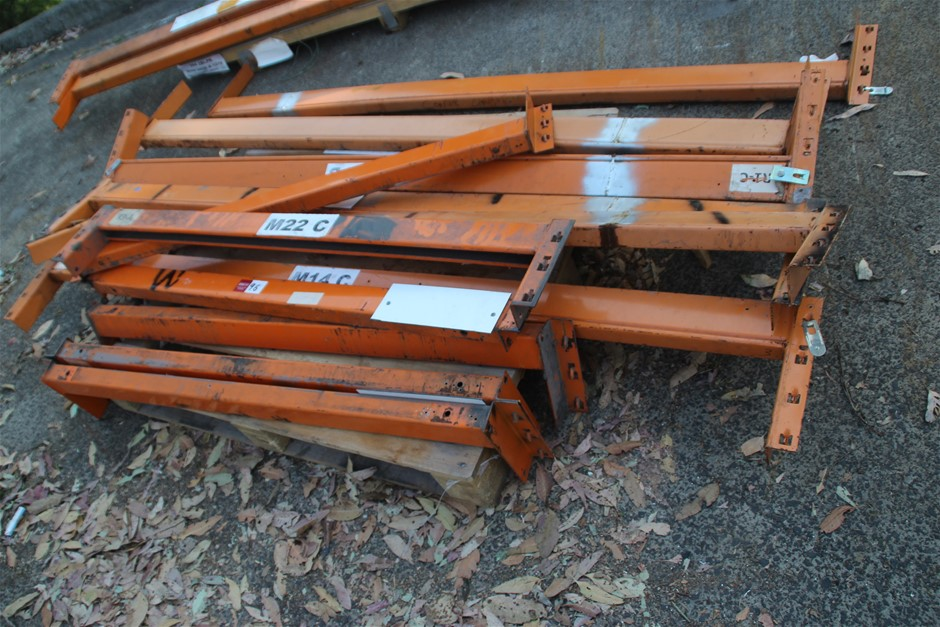 12 x Assorted Dexion Pallet Racking Load Beams Approx: 6 x 2170