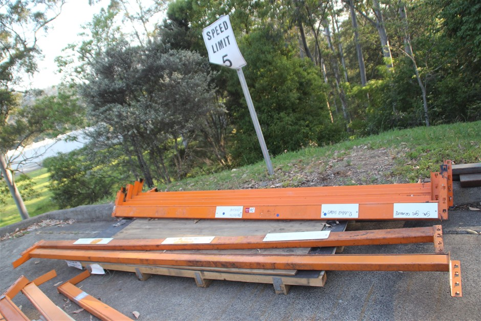 8 x Assorted Dexion Pallet Racking Load Beams Approx: 6 x 3200m