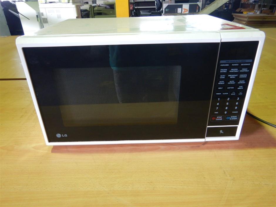 LG MS3840SR Microwave Oven