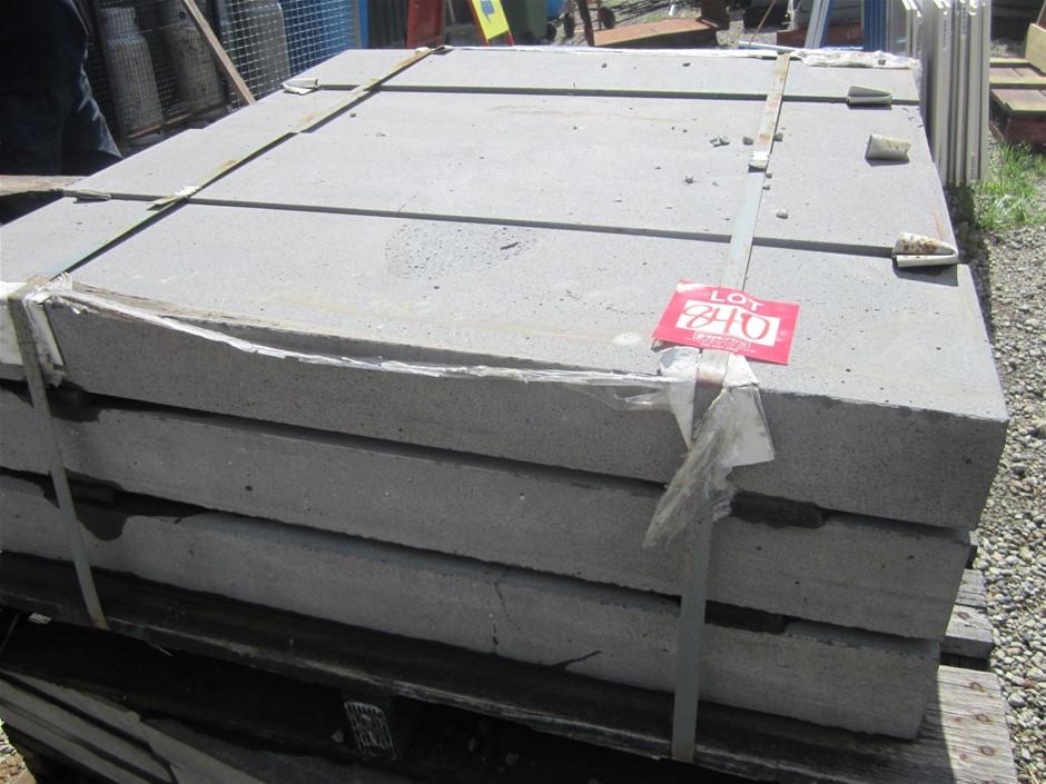 Pallet of 12 bluestone steps. 12 units in total. 1000mm x 255mm x 100mm thi