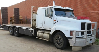 1994 International 3600 S Line 6 x 4 Beavertail Truck