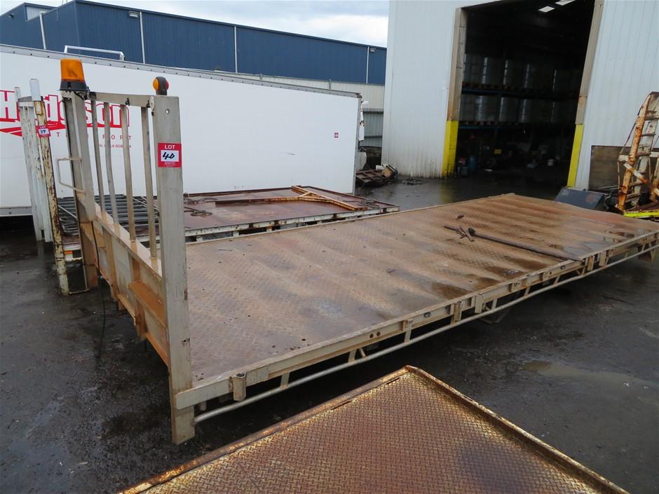Tray Truck Body