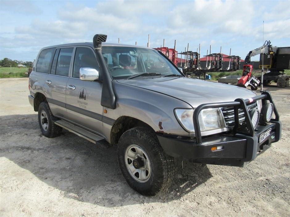 2002 Toyota Land Cruiser 100 Series 4WD Wagon (Mt Gambier, SA)