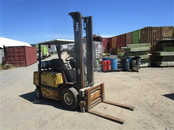 Yale GLP 25 Counterbalance Forklift