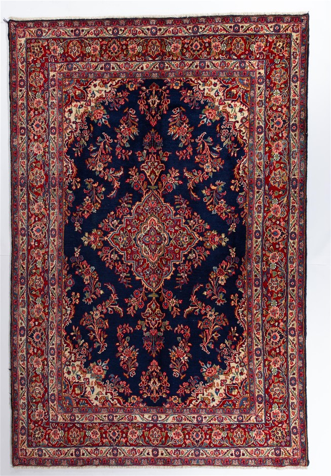 Persian Hamadan Hand Knotted 100% Pure Wool Pile Size (cm): 215 x 320