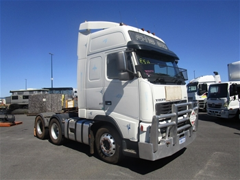2005 Volvo FH610 Globetrotter 6x4 Prime Mover Truck