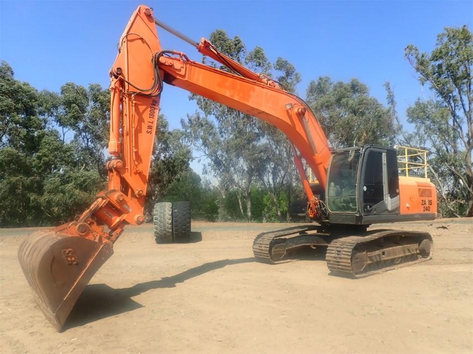 Hitachi ZX240-3 Excavator