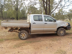 2006 Toyota Hilux Manual - 5 Speed Dual