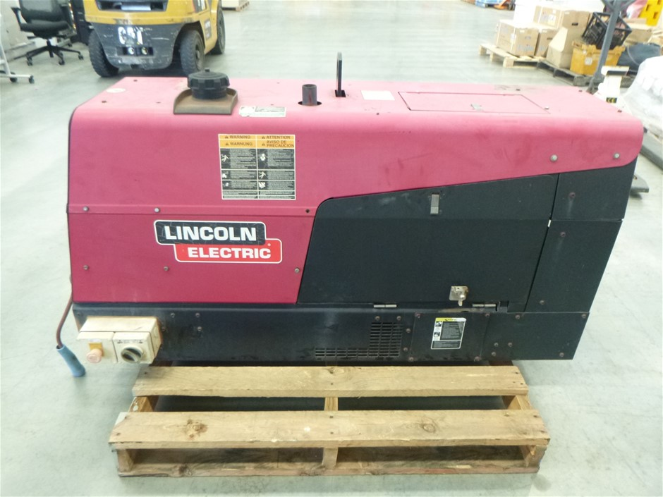 Lincoln Electric Ranger 305D All in 1 Welder Auction (0051 ...