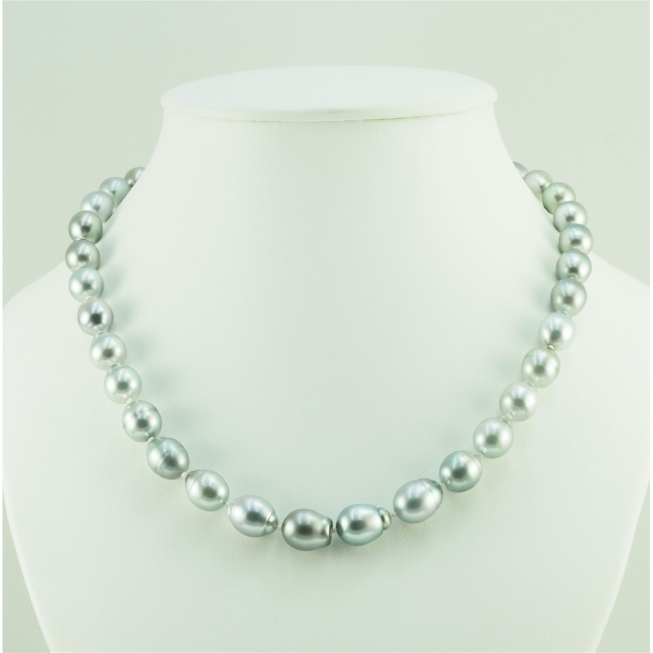 Single Strand Tahitian Pearl Graduated Necklace
