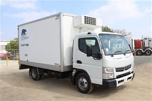 2013 Mitsubishi Canter 4 x 2 Refrigerate