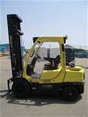 Dingli Scissor Lift, Tennant Sweeper & 2014 Hyster Forklift