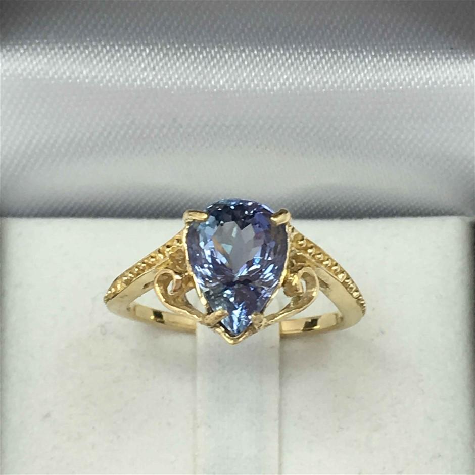 18ct Yellow Gold, 2.42ct Tanzanite Ring