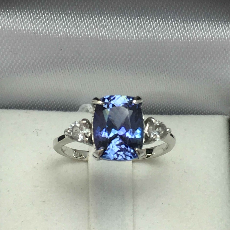18ct White Gold, 2.34ct Tanzanite Ring