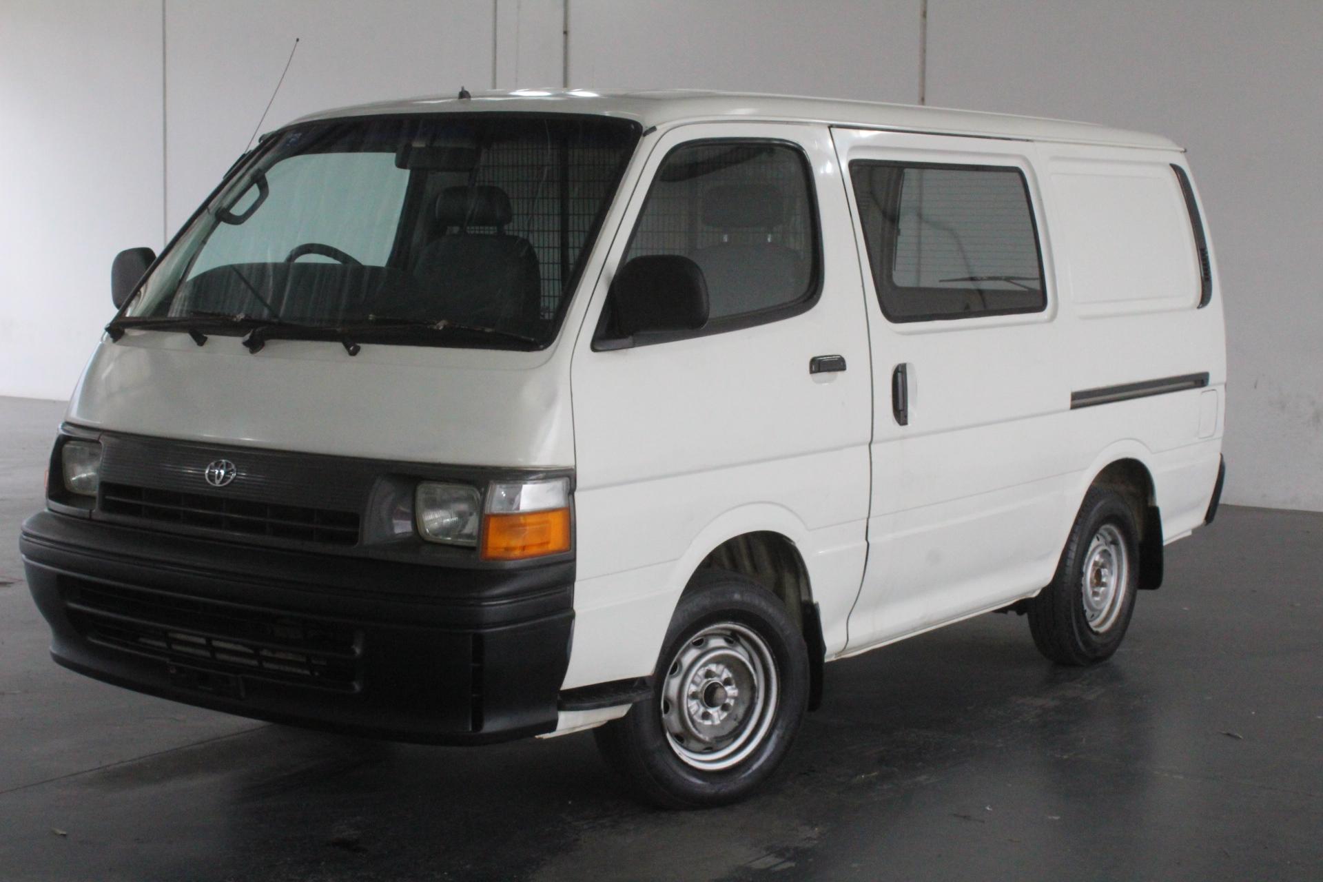 1995 Toyota Hiace LH103R Automatic Van