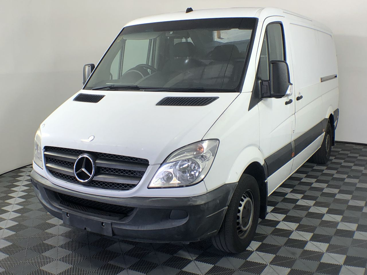 2011 Mercedes Benz Sprinter 313 CDI MWB Turbo Diesel Automatic Van