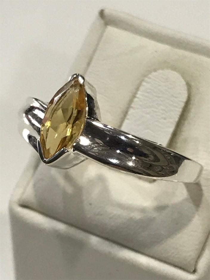 Impressive 1.20ct Citrine Ring . Size T(9.75)