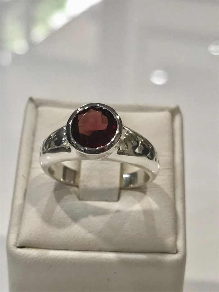 Truly Magnificent 2.50ct Garnet Ring Size L 1/2 (6)