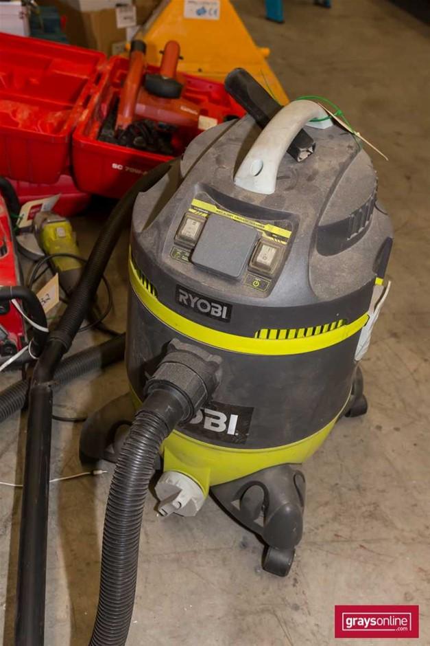 Ryobi Wet and Dry Vacuum Cleaner