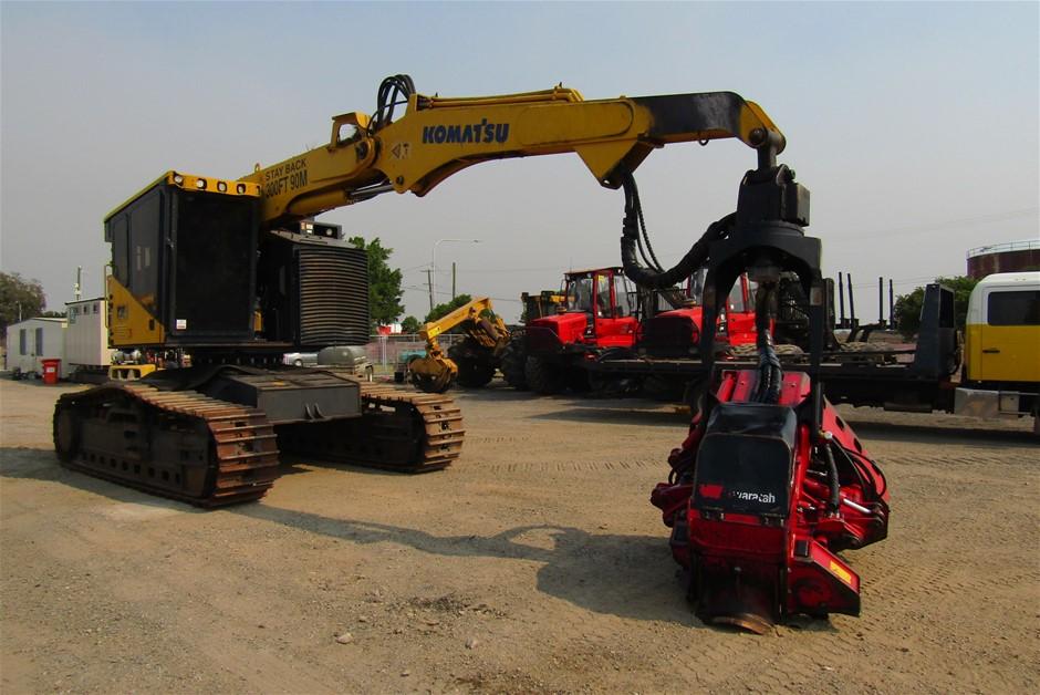2015 Komatsu XT430-3 with Waratah Harvester