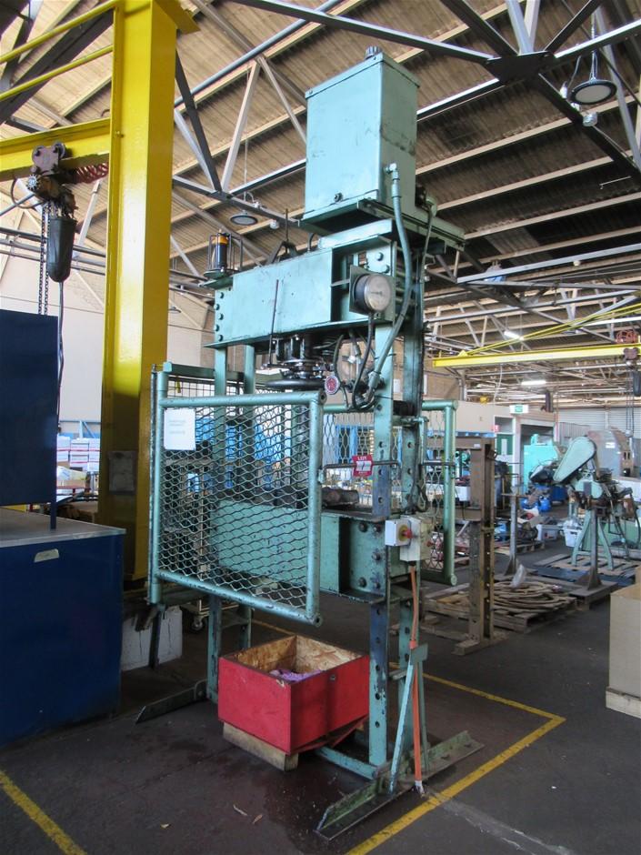 Hydraulic Workshop Press (Enfield, SA)