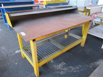 Assorted Work Benches