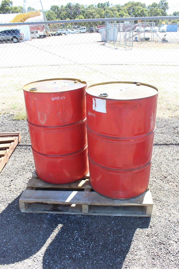 2 x 200 Litre (44 Gallons) of Oil
