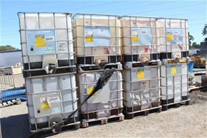 8 x 1BC 100 Litre Containers