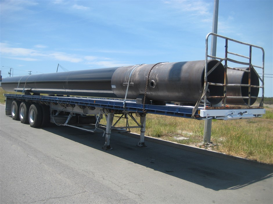 1983 Freighter Triaxle Flat Top Trailer