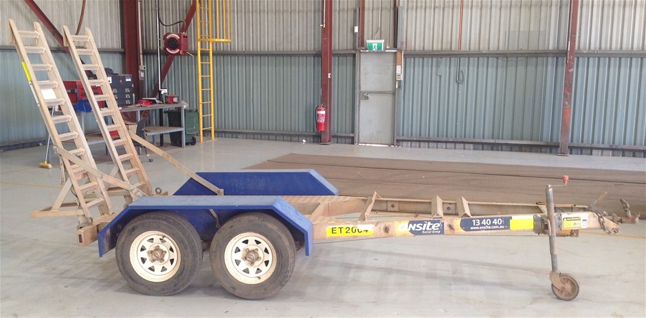 2009 Auswide Equipment 2T Excavator Trailer (Location: Kalgoorlie)