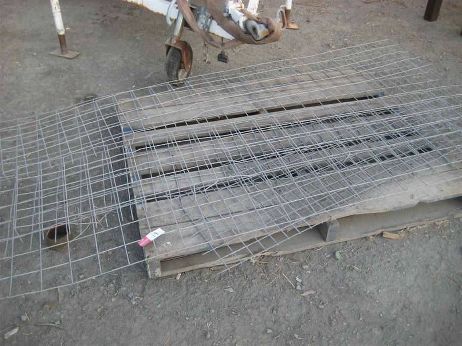 Pallet of Galvanised Mesh Offcuts