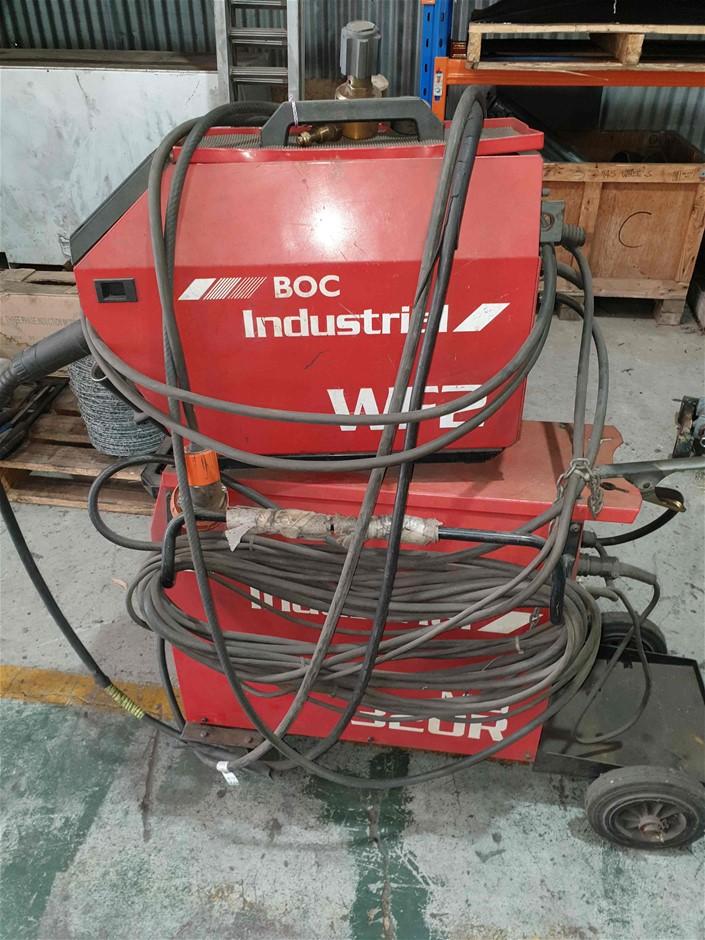 BOC Mig 320R Welder
