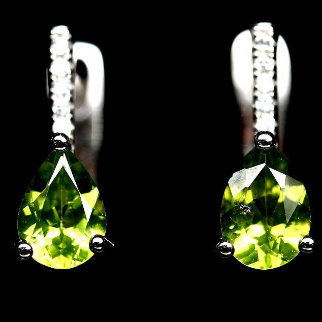 Delightful Genuine Peridot Drop Earrings
