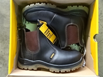Steel Cap Safety Boots & Shoes