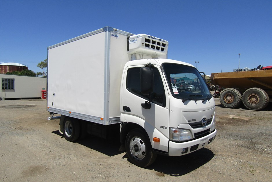 2013 Hino 300 Automatic Turbo Diesel Refrigerated Body Truck