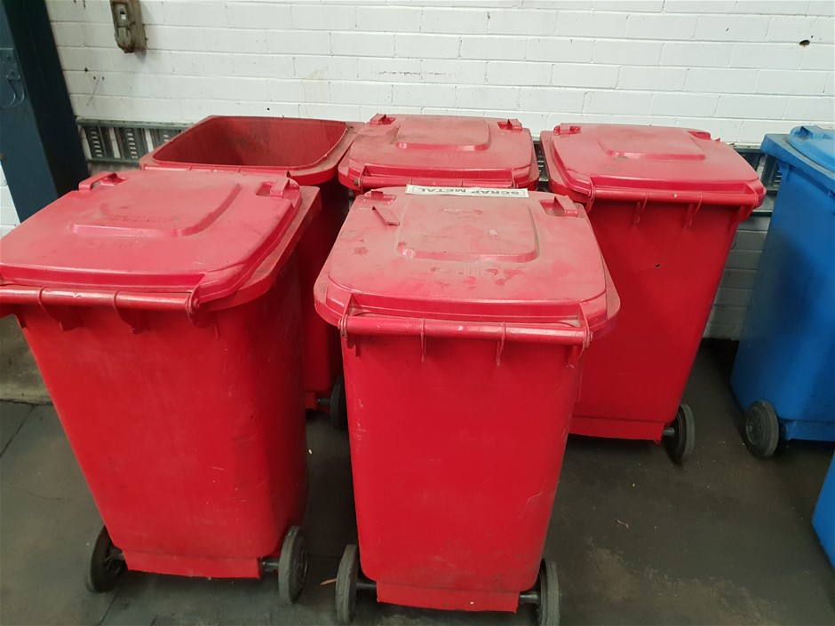 Qty 5 Red SOLO Garbage Bins