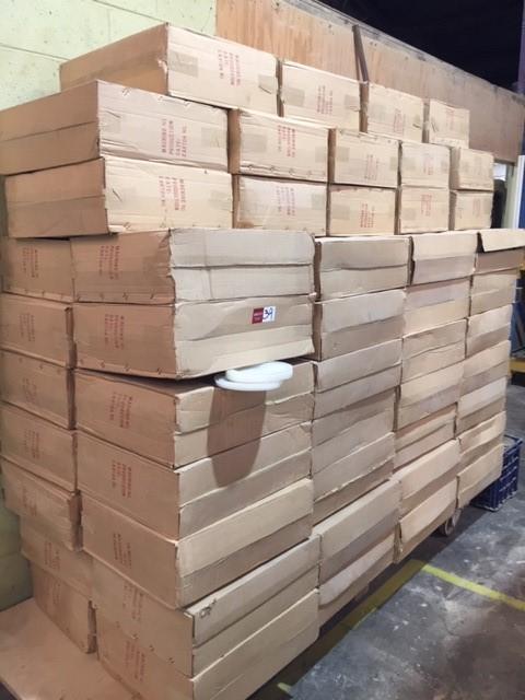 Plastic Bowl Lids in 70 boxes Location: Unit 3 /71 Atkinds Road, Erm