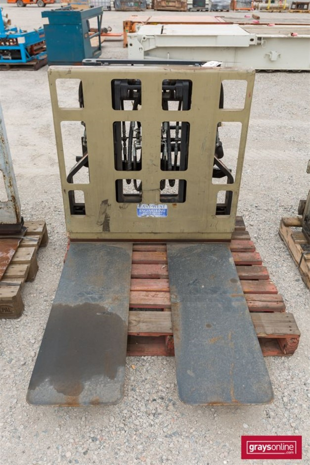 East West Engineering PLPB Forklift Attachment Wide Tynes Build