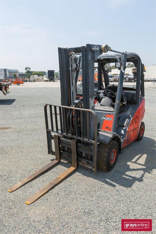 2008 2.0 Tonne Linde H20T 4 Wheel Counter Balance Forklift