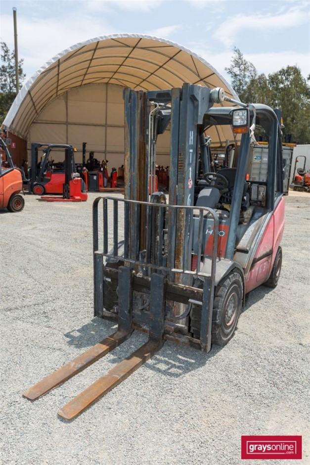 2005 3.0 Tonne Linde H30T 4 Wheel Counter Balance Forklift